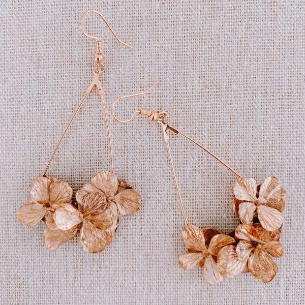 Boucles Antilles - boucles d oreille fleurs dorées Cénélia Martinique