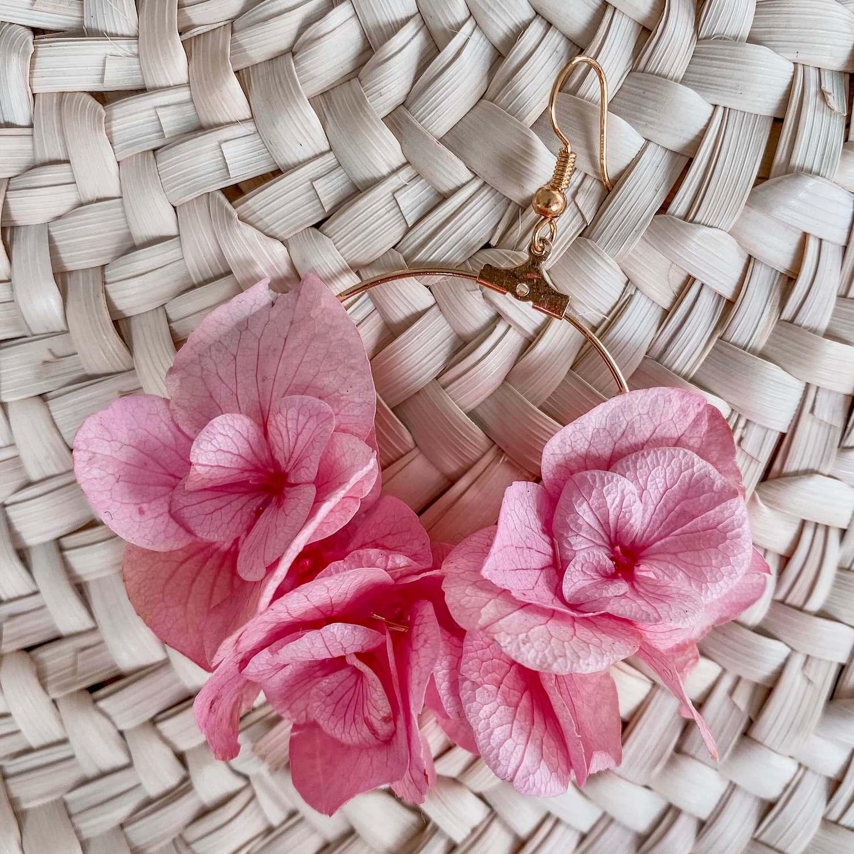 Boucles Gustavia - boucles d oreille fleurs éternelles Cénélia Martinique
