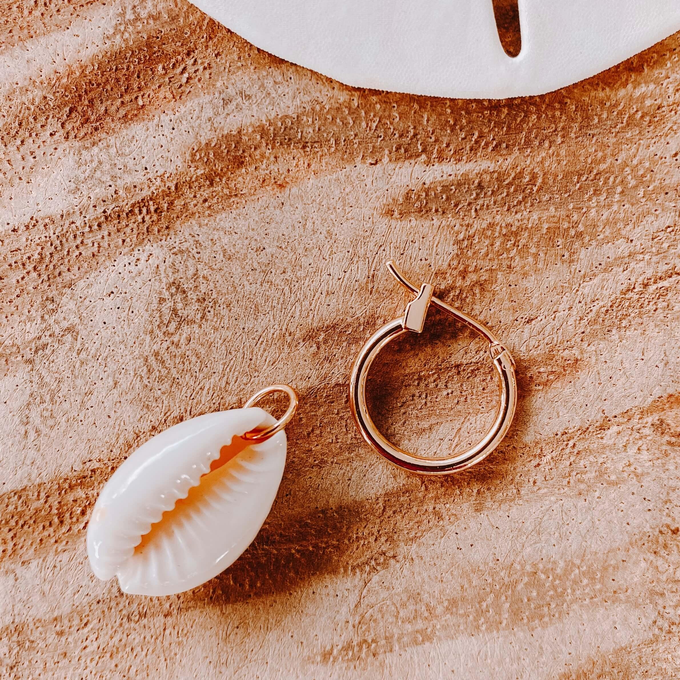 Boucles d'oreilles cauri - Cénélia - Bijoux femme coquillages - Barbuda