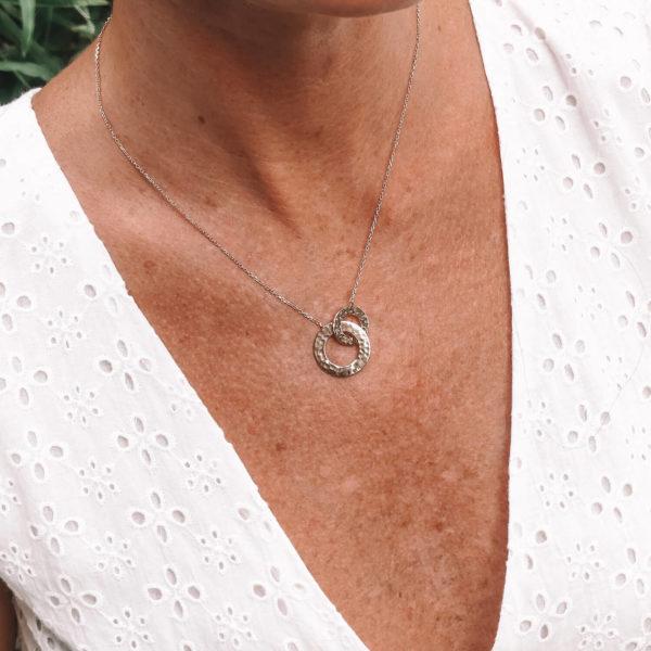 Collier Neela - Collier anneaux entrelacés Cénélia