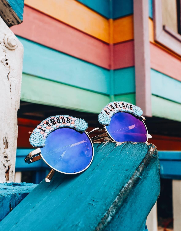 Lunettes de soleil l'amour à la plage - lunettes tendance femme été - Cénélia