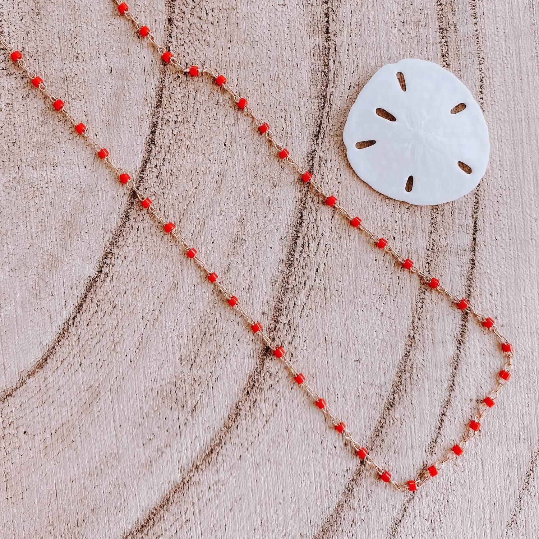 Sautoir Jana - Collier perles rouge long fin femme Martinique - Cénélia.jpg