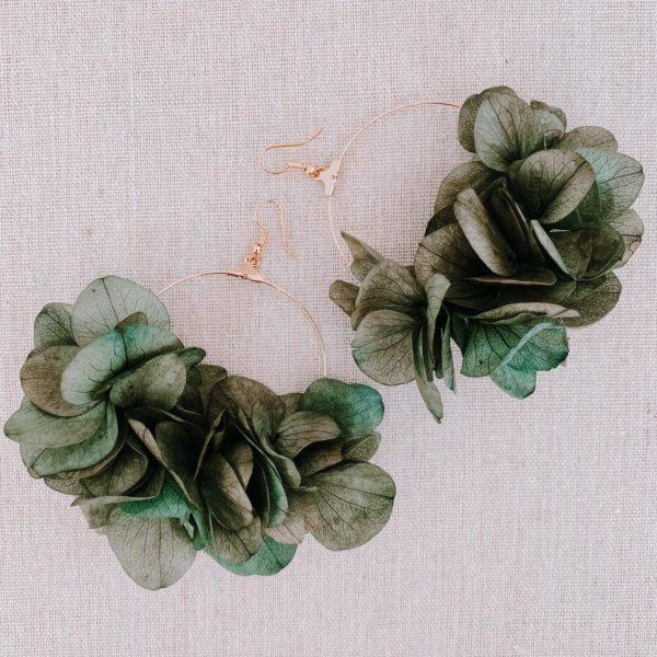boucles Anegada - boucles d oreilles en fleurs naturelles Cénélia Martinique