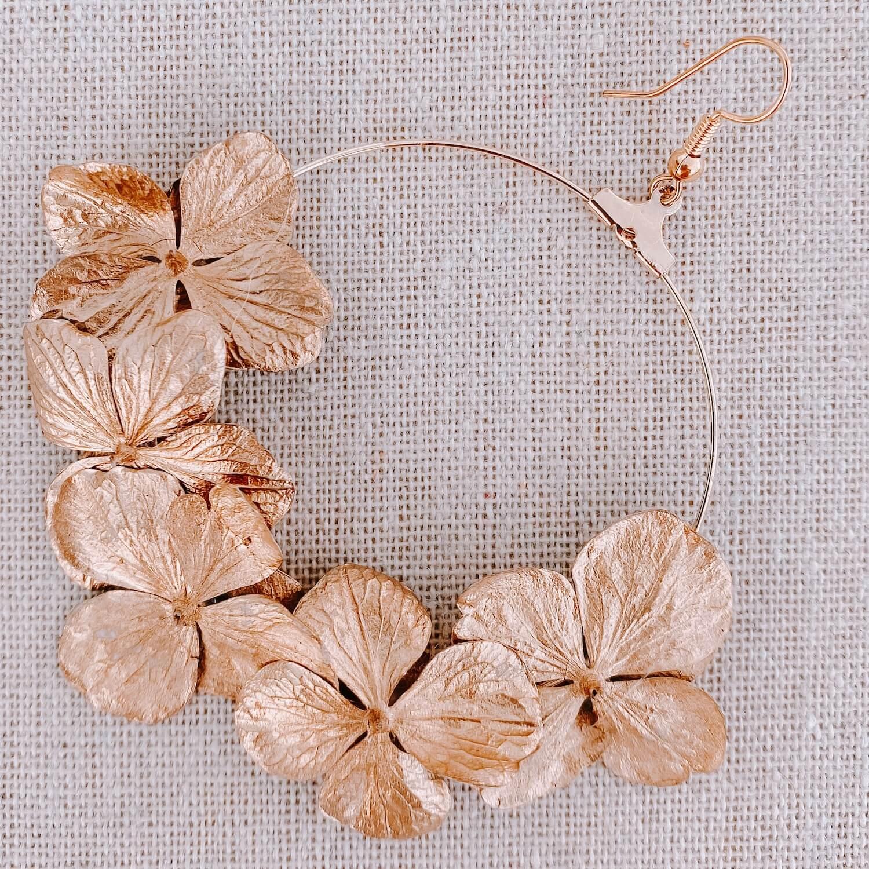 boucles Palm Island - boucle d'oreille en fleur Cénélia Martinique