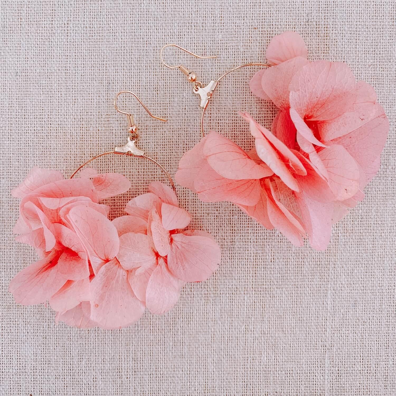 boucles Terre de Haut - Boucles d oreilles en vraies fleurs Cénélia Martinique