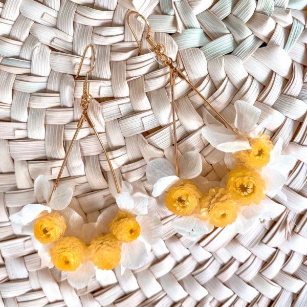 boucles d oreilles fleurs éternelles Cénélia - Anses d'Arlet