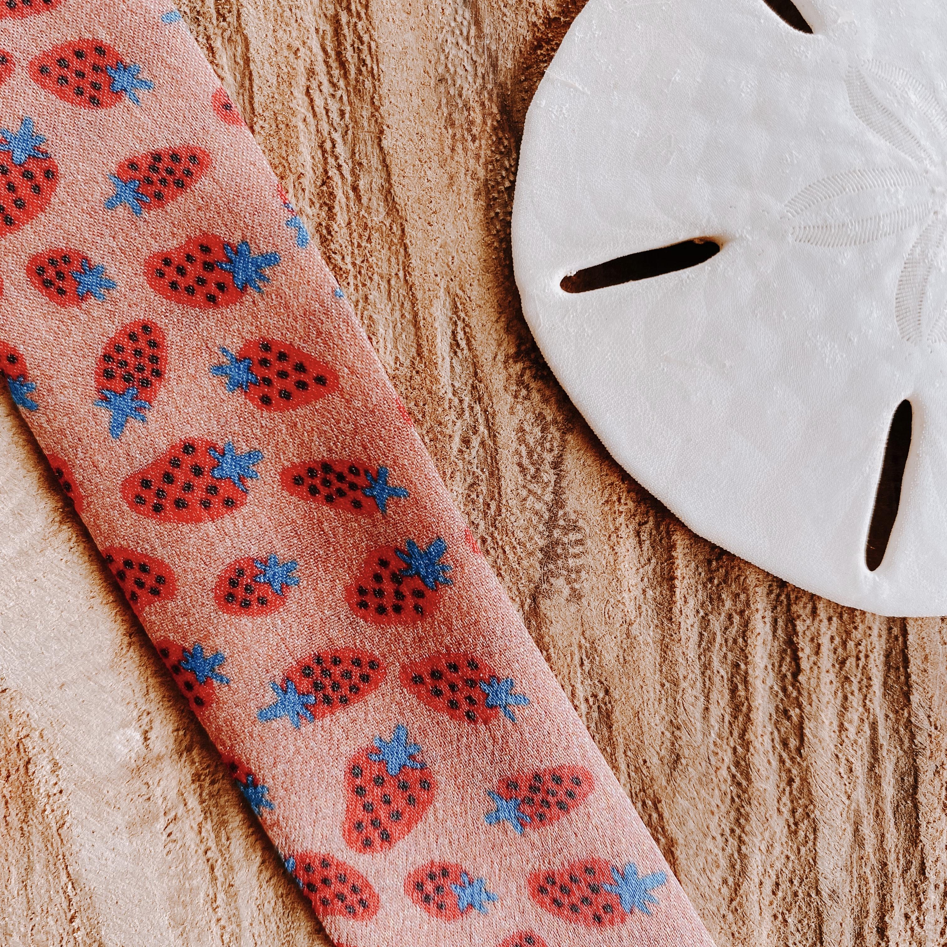 bracelets en soie fraises | Cénélia | Sinnamary