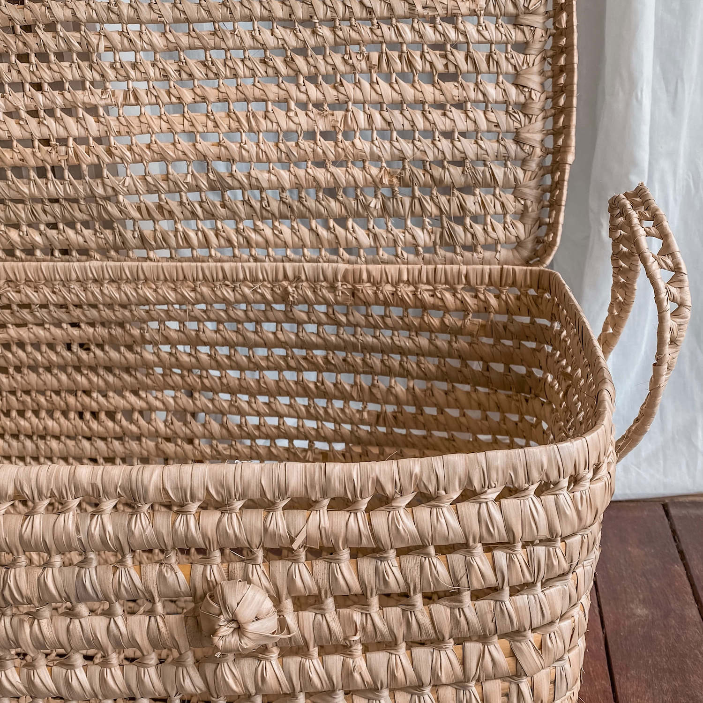 coffre de rangement en palmier tressé - boutique décoration martinique Cénélia