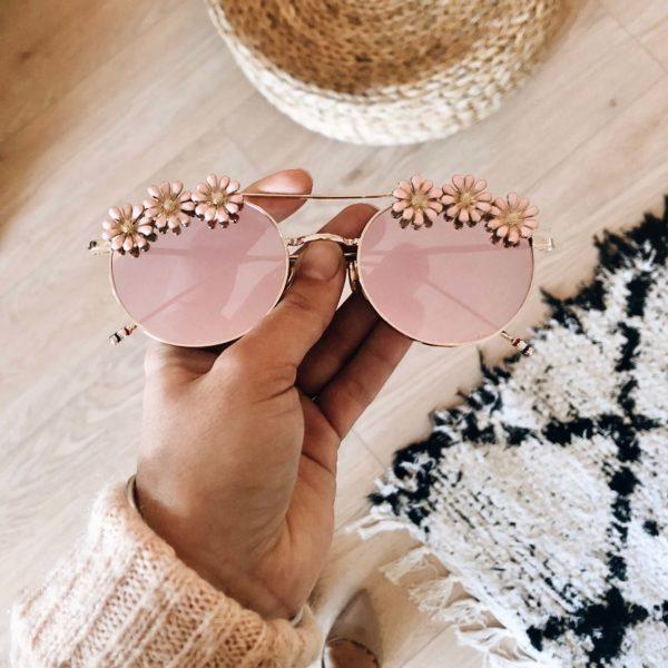lunettes de soleil rose - lunettes à fleurs - Cénélia - Inès